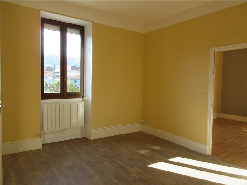 Location appartement Voiron 486€ CC - Photo 2
