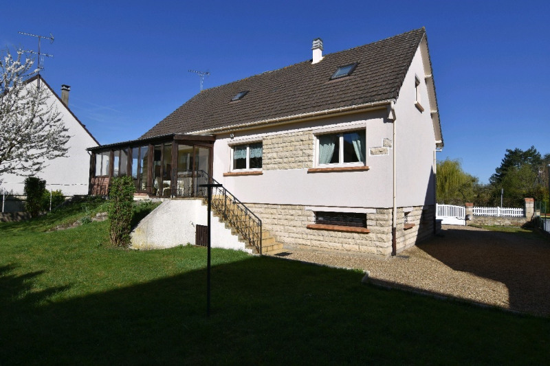 Sale house / villa Chambly 378 000€ - Picture 1