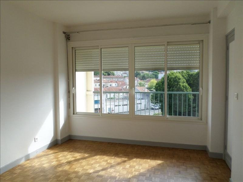 Rental apartment Angoulême 448€ CC - Picture 4