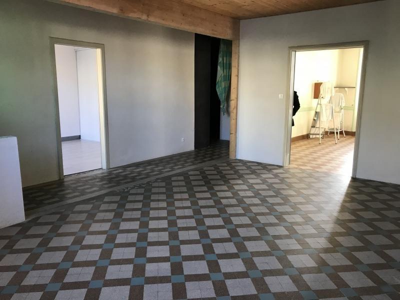 Sale house / villa La chapelle du genet 85500€ - Picture 2
