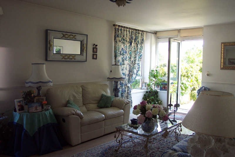Rental apartment Marly le roi 1 380€ CC - Picture 2