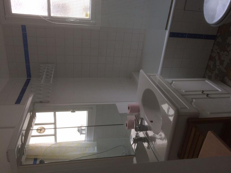 Rental apartment Paris 14ème 905€ CC - Picture 1