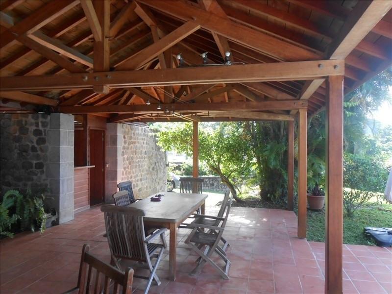 Sale house / villa St claude 397000€ - Picture 4