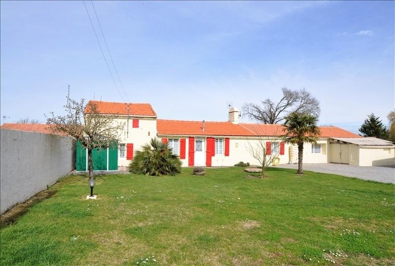 Sale house / villa Chemere 284900€ - Picture 1
