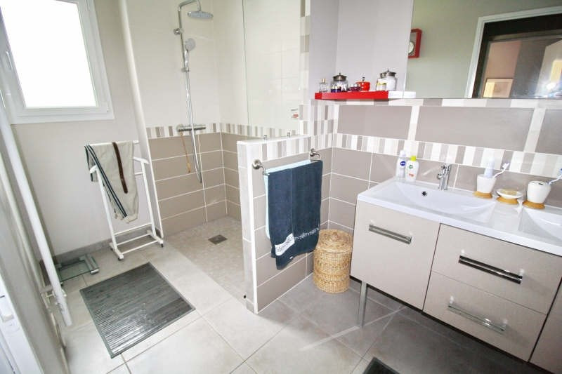 Deluxe sale house / villa Bassussarry 610000€ - Picture 7