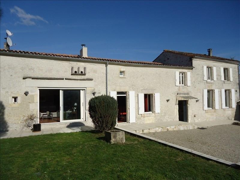 Sale house / villa 12 mn sud cognac 310300€ - Picture 1