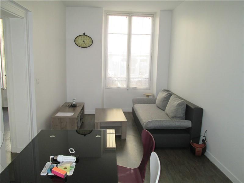 Location appartement Versailles 850€ CC - Photo 1