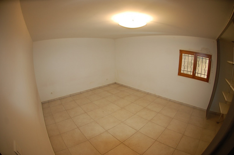 Vente maison / villa Ollioules 451000€ - Photo 10