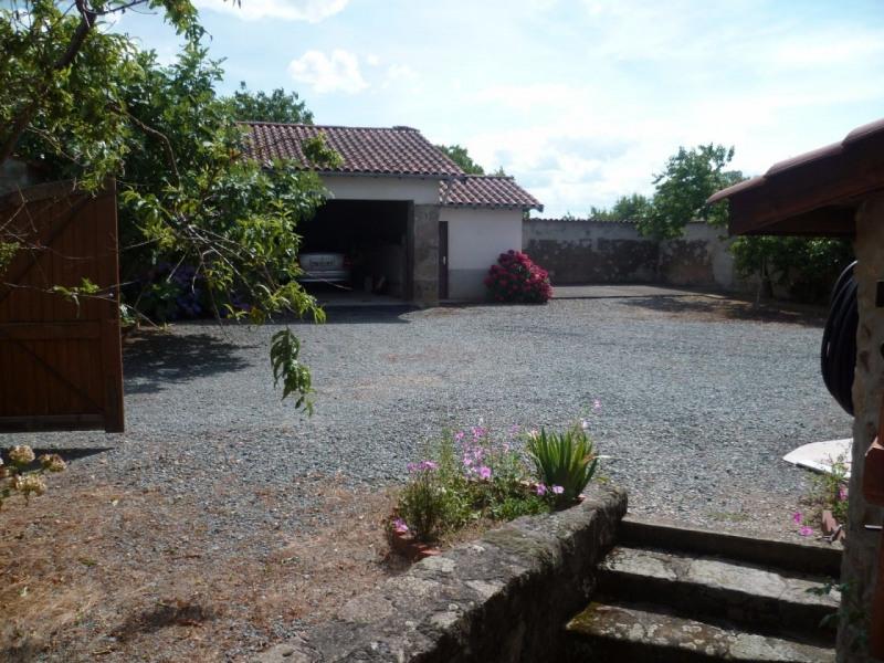 Vente maison / villa St laurent de chamousset 242000€ - Photo 8