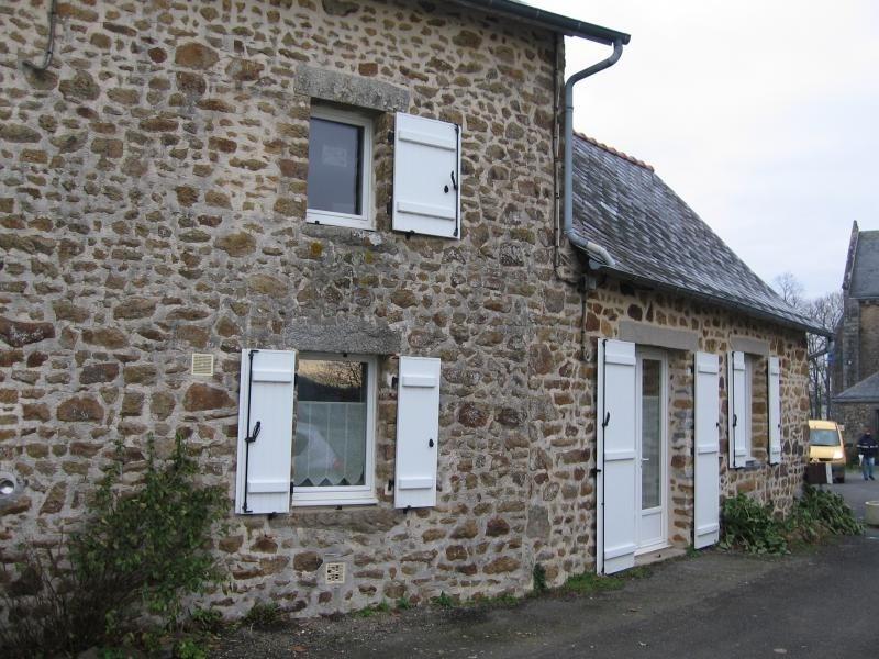 Location maison / villa Montflours 300€ +CH - Photo 2