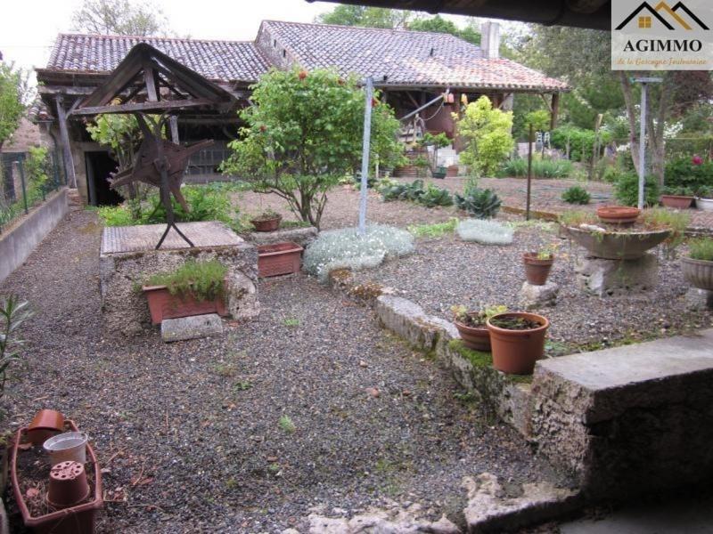 Sale house / villa Mauvezin 102000€ - Picture 1