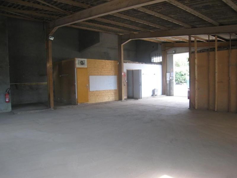 Location local commercial Reignier-esery 1 740€ CC - Photo 2