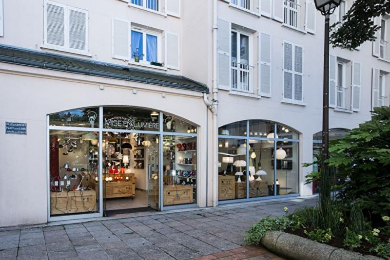 Location Boutique Garches 0