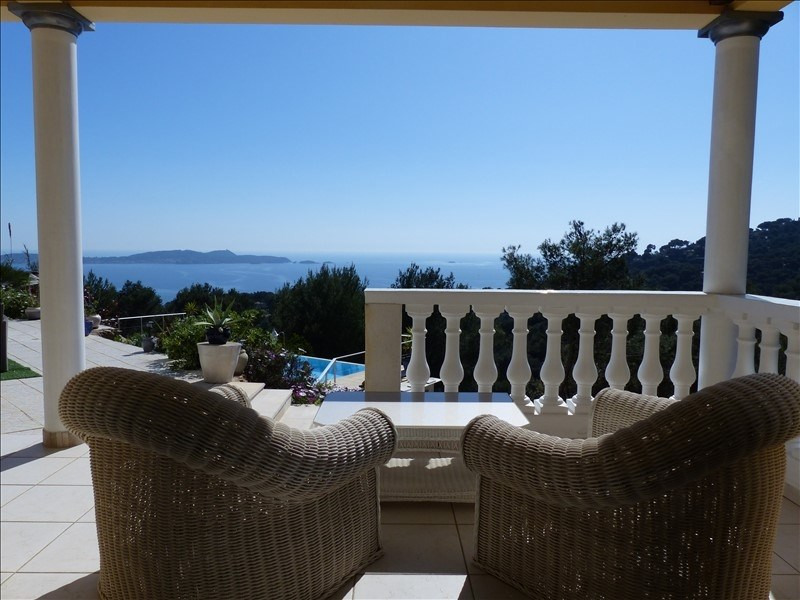 Deluxe sale house / villa Hyeres 1 570 000€ - Picture 4