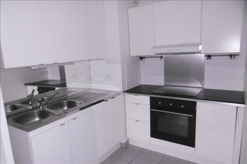 Rental apartment Creteil 920€ CC - Picture 3