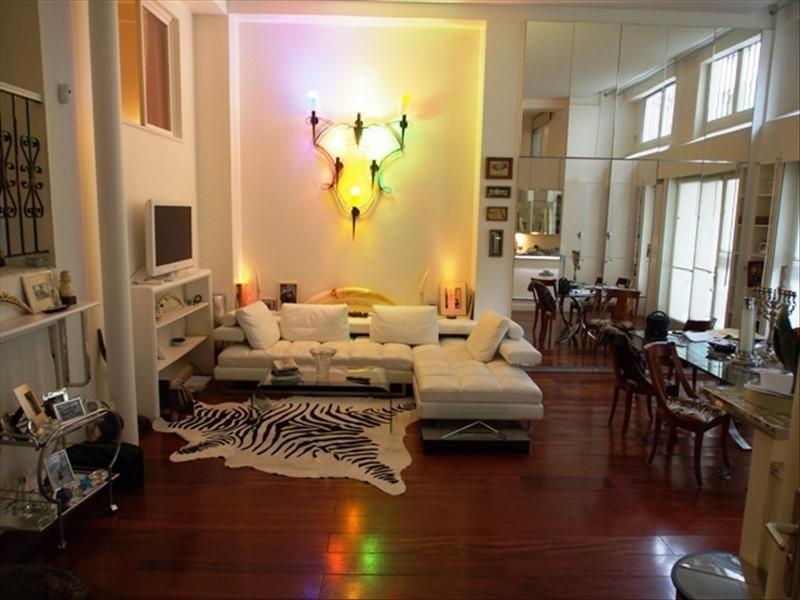 Deluxe sale apartment Paris 10ème 1850000€ - Picture 1