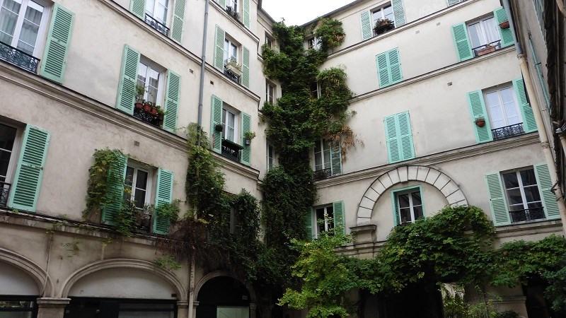 Location appartement Paris 10ème 758€ CC - Photo 1