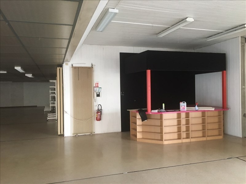 Location local commercial St quentin 2500€ HT/HC - Photo 2