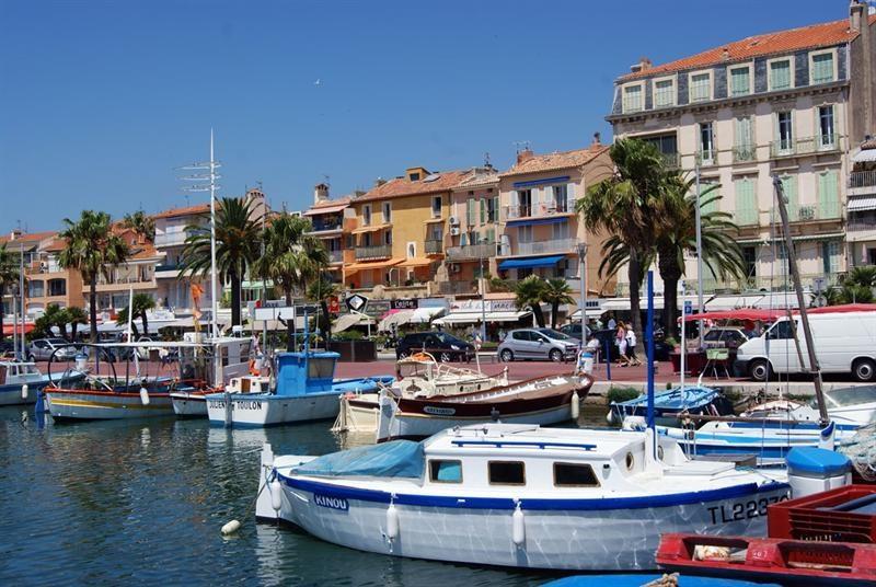 Location vacances appartement Bandol 340€ - Photo 8