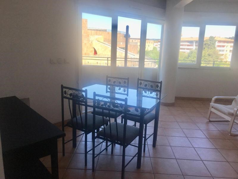 Location appartement Aix en provence 950€ CC - Photo 6