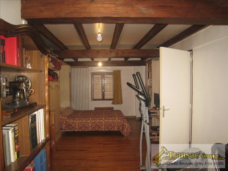 Sale house / villa Puy guillaume 108070€ - Picture 6