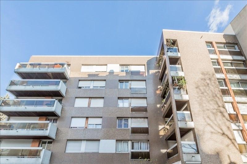 Sale apartment Paris 15ème 750000€ - Picture 3