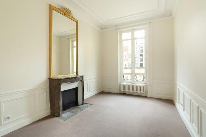 Aрендa квартирa Paris 17ème 6290€ CC - Фото 9
