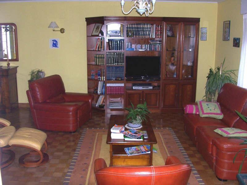 Sale house / villa Avesnes sur helpe 263500€ - Picture 3