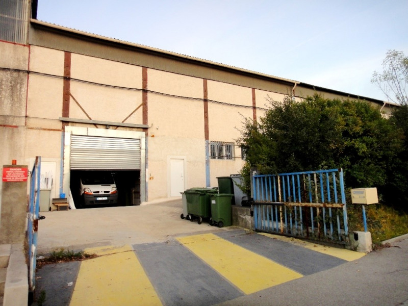 Location local commercial Bouc-bel-air 1 600€ HT/HC - Photo 1