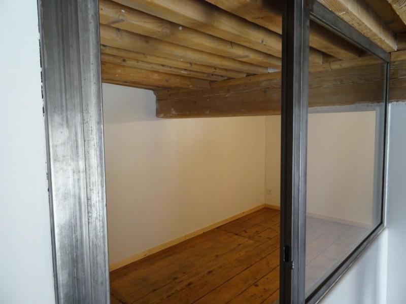 Locação apartamento Lyon 4ème 840€ CC - Fotografia 3
