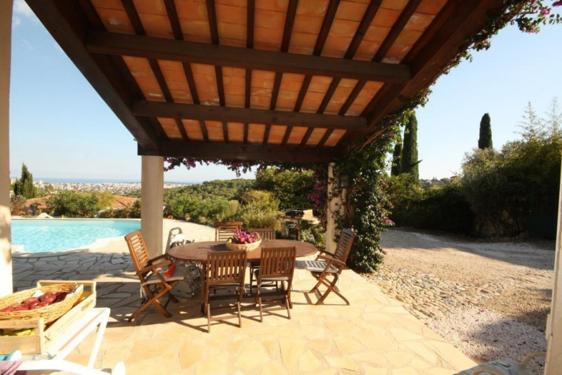 Vente de prestige maison / villa Le golfe juan 1150000€ - Photo 1