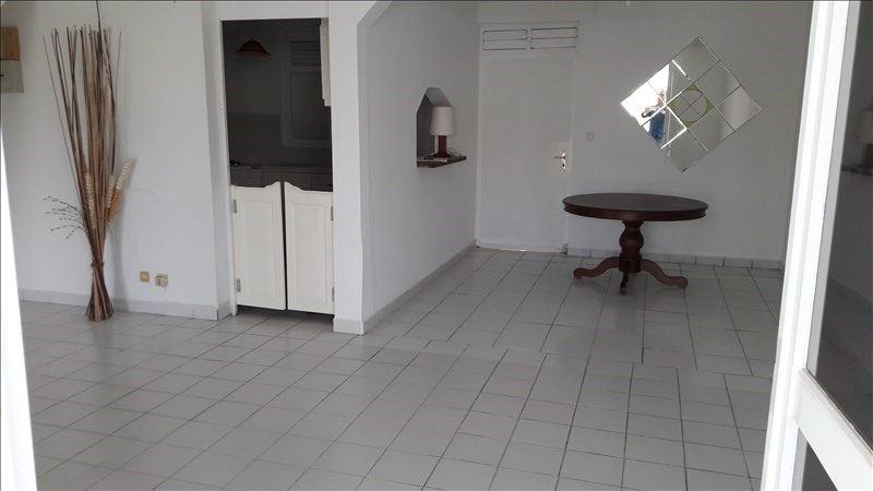 Rental house / villa Baie mahault 1000€ +CH - Picture 4