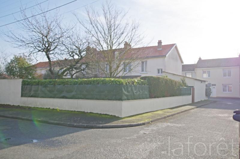 Sale house / villa Cholet 138000€ - Picture 1