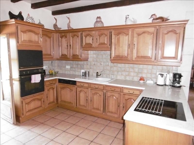 Sale house / villa Eglise neuve d issac 394000€ - Picture 5