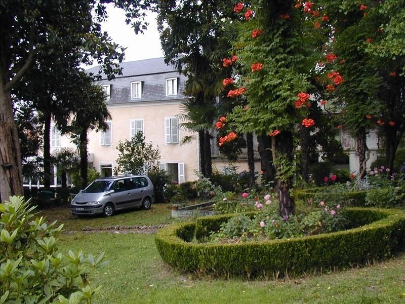 Sale house / villa Bizanos 468500€ - Picture 1