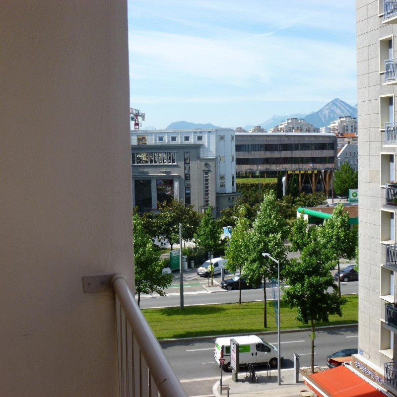 Location appartement Grenoble 649€ CC - Photo 1