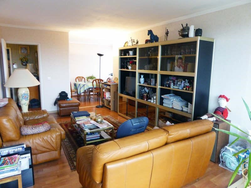 Sale apartment Maurepas 217 000€ - Picture 1