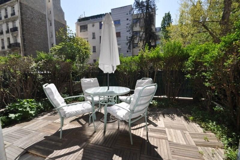 Location appartement Neuilly sur seine 1170€ CC - Photo 2