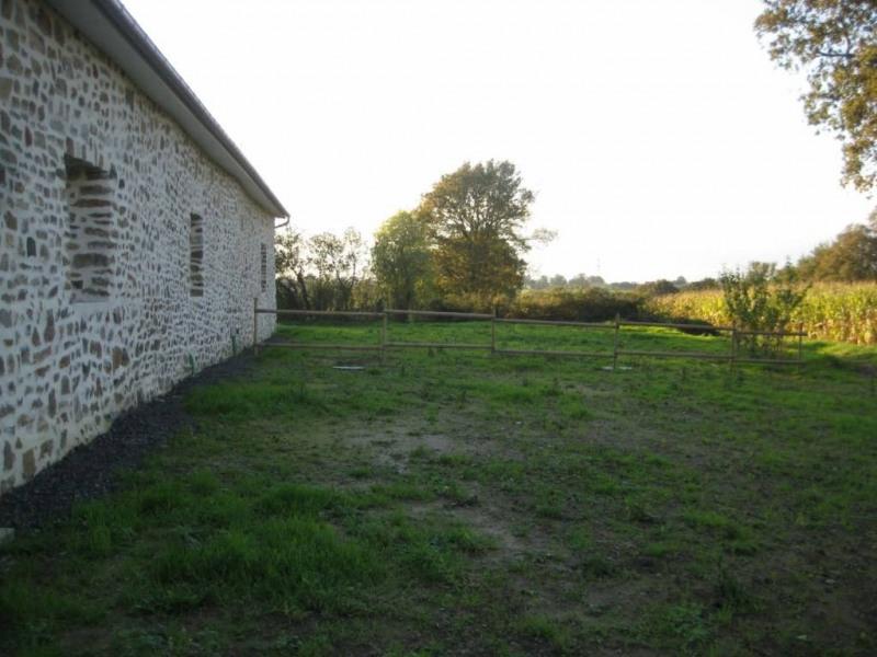 Location maison / villa Saint-pierre-la-cour 560€ CC - Photo 3