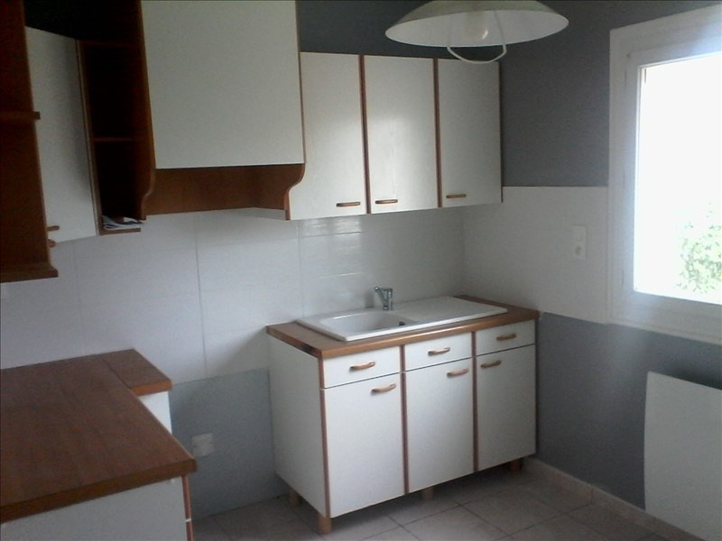 Location maison / villa Melay 570€ CC - Photo 2