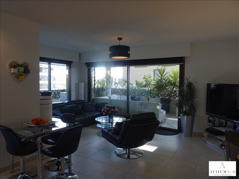 Sale apartment Frejus 378500€ - Picture 3