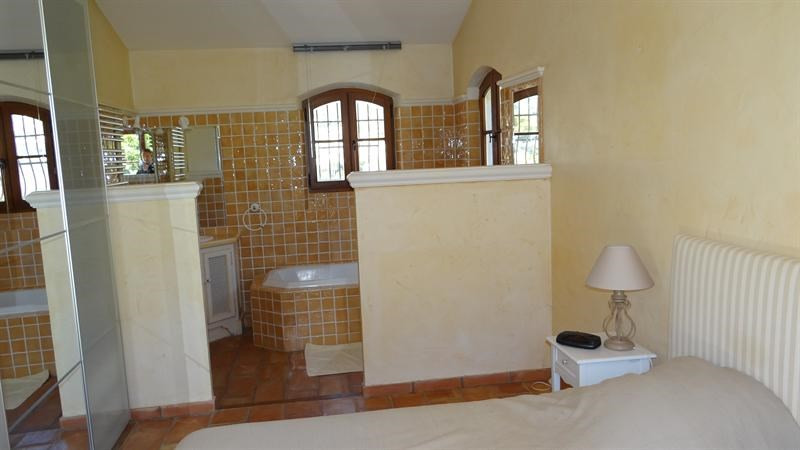 Vacation rental house / villa Cavalaire sur mer 1 000€ - Picture 23
