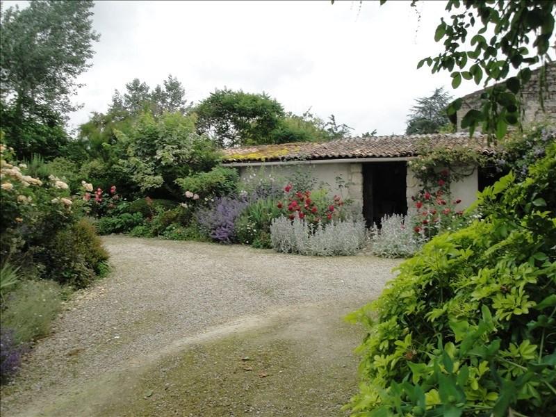 Deluxe sale house / villa Niort 271000€ - Picture 3