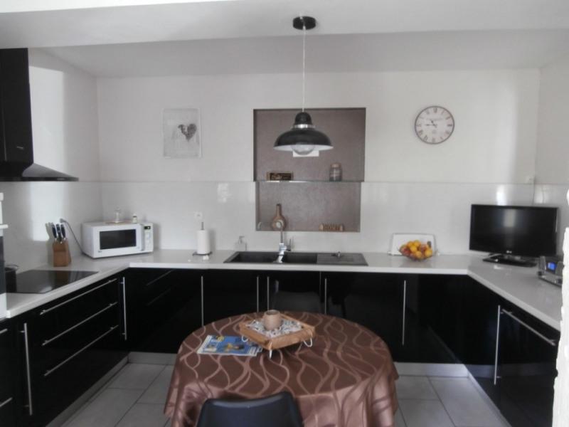 Vente maison / villa Saint pierre d'eyraud 359500€ - Photo 2