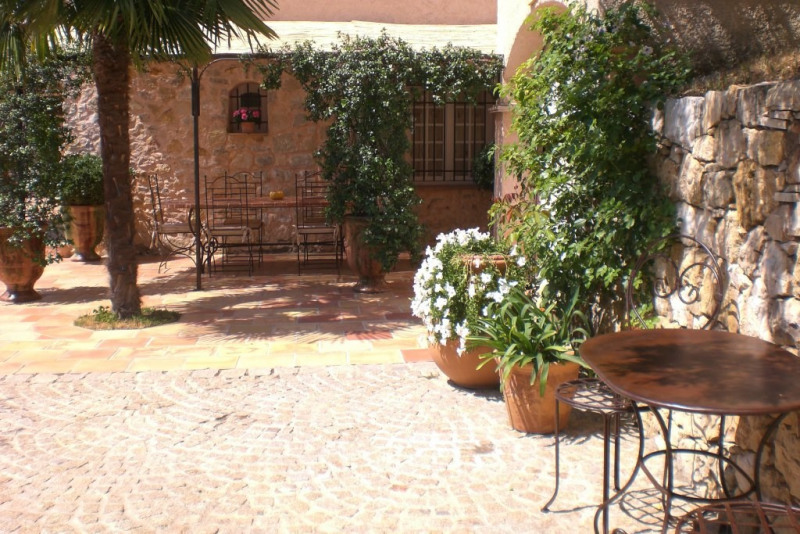 Deluxe sale house / villa Ampus 556 000€ - Picture 1