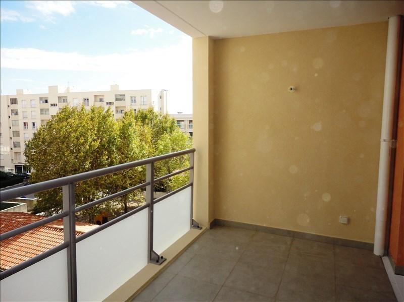 Location appartement Toulon 574€ CC - Photo 1