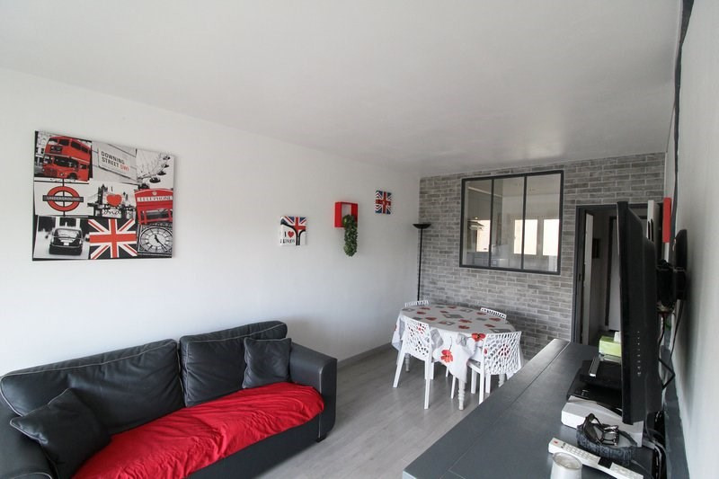 Sale apartment Maurepas 199 999€ - Picture 2