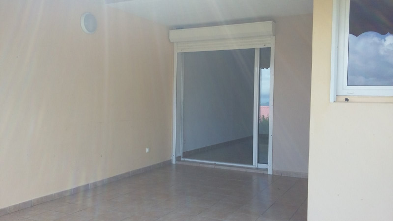 Location appartement Gourbeyre 800€ CC - Photo 6