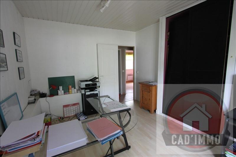 Sale house / villa Ginestet 165750€ - Picture 5