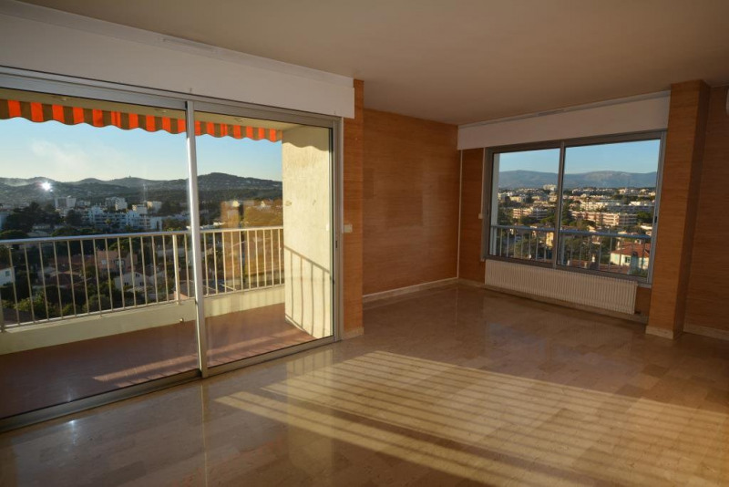 Sale apartment Antibes 394 000€ - Picture 2
